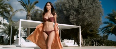 Kacey Barnfield nude butt, boobs and wet - Blood Orange (2016) HD 1080p WebDl (8)