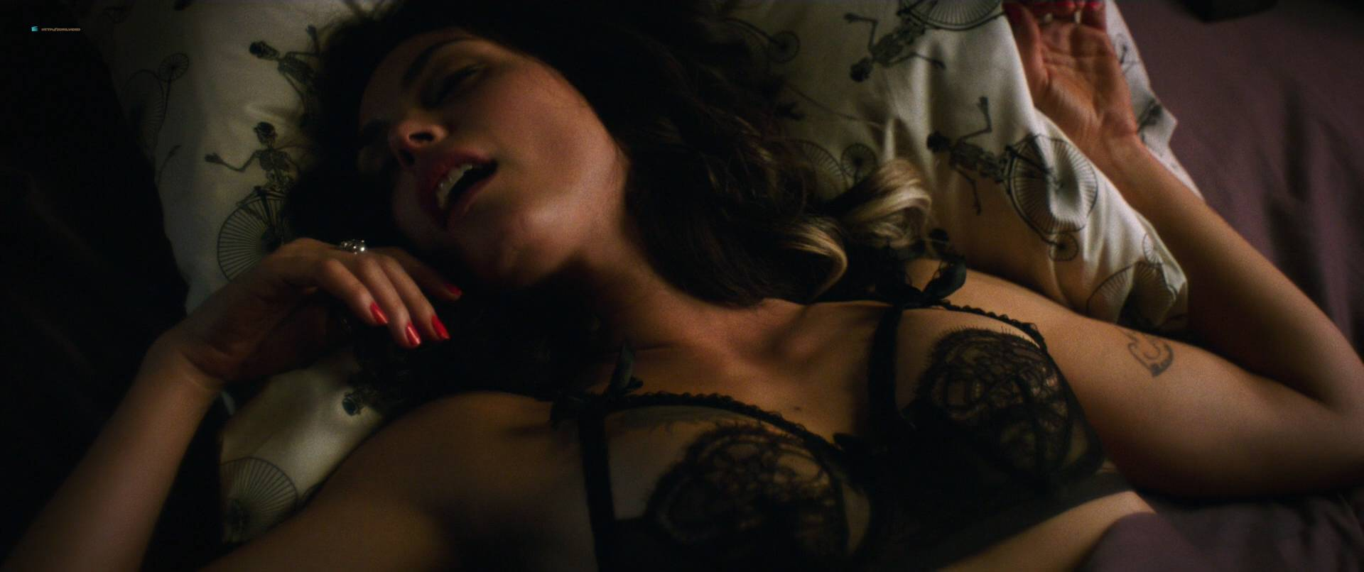 Morena Baccarin hot sex and uber sexy - Deadpool (2016) HD 1080p (9)
