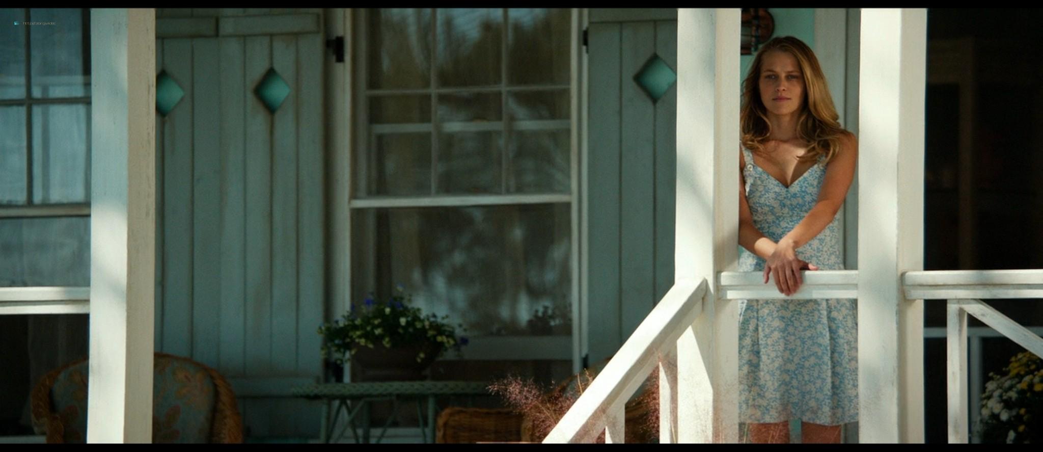 Teresa Palmer hot bikini and Maggie Grace, Alexandra Daddario hot too - The Choice (2016) HD 1080p BluRay (17)