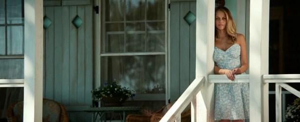 Teresa Palmer hot bikini and Maggie Grace, Alexandra Daddario hot too - The Choice (2016) HD 1080p Web-dl (6)