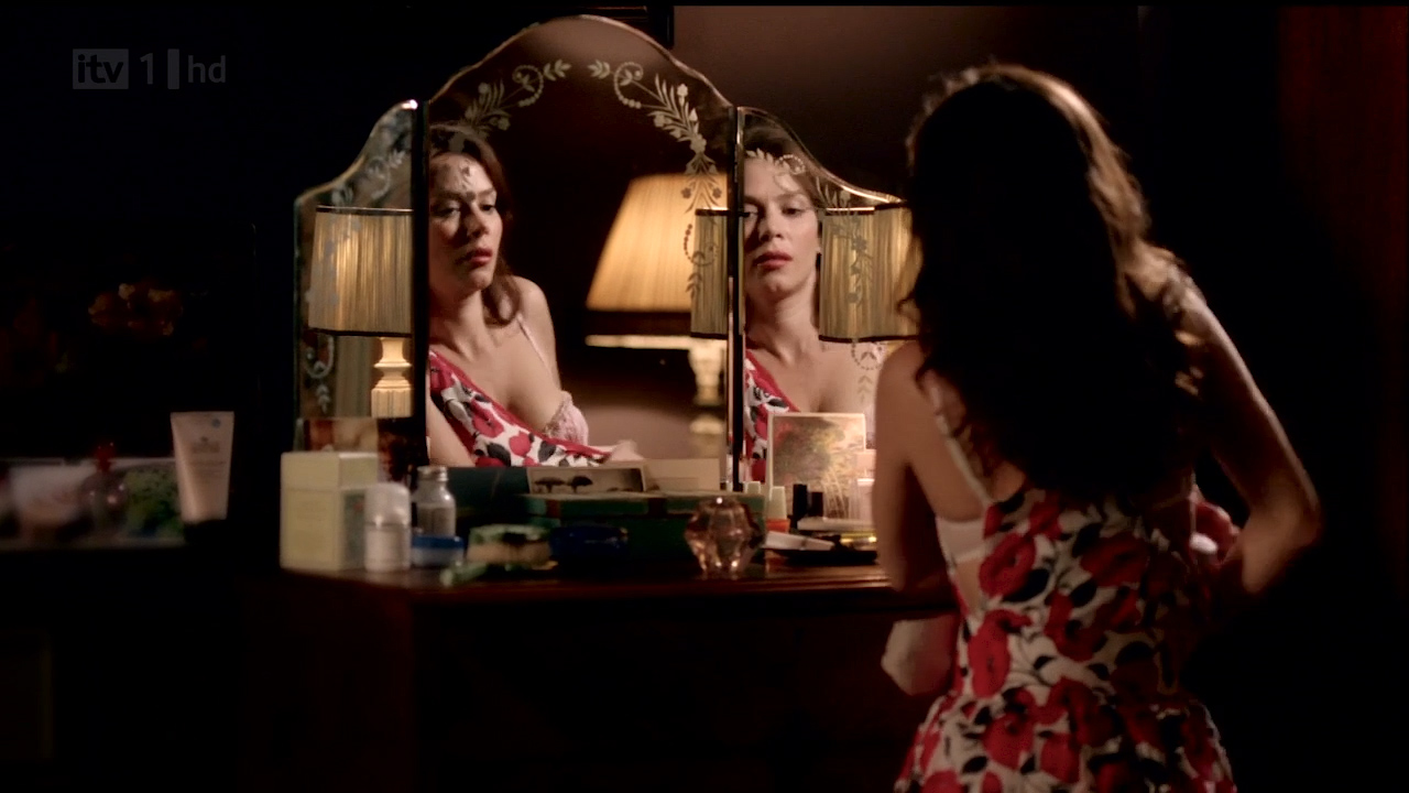 Anna Friel hot sexy, sex and nipple slip - Without You S01 HDTV 720p (6)