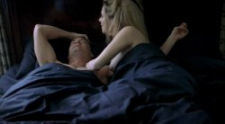 Anna Friel nude Michelle Williams and Marianne Denicourt nude too - Me without you (2001) (7)