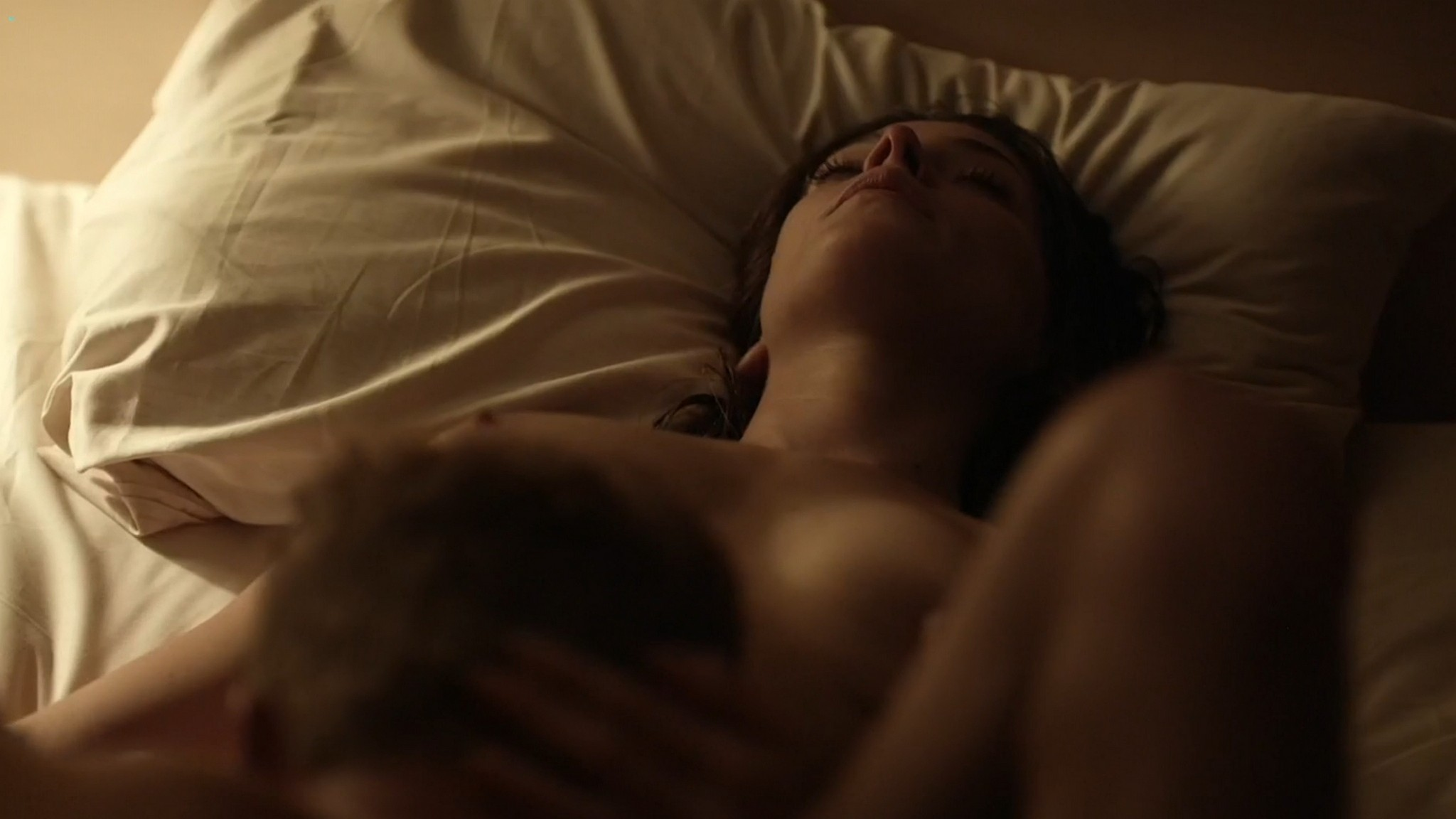 Ashley Greene nude topless riding a dude - Rogue (2016) s3e18 HD 1080p (1)