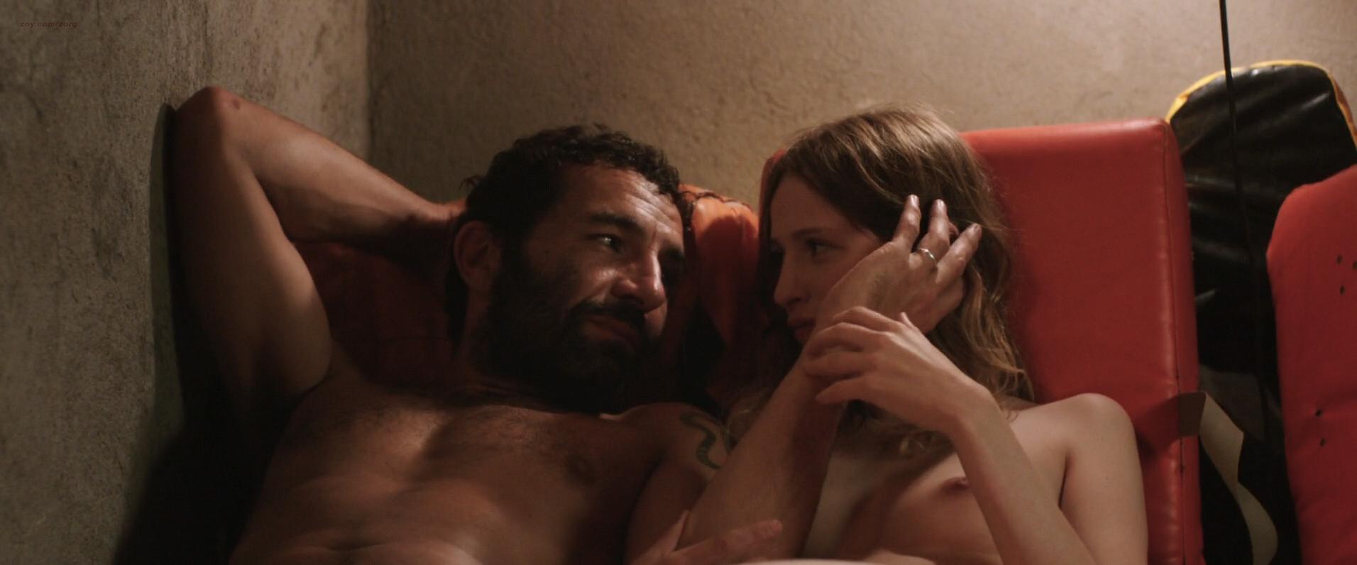 Christa Théret nude topless - La Fille Du Patron (FR-2015) HD 1080p WEB-dl (2)