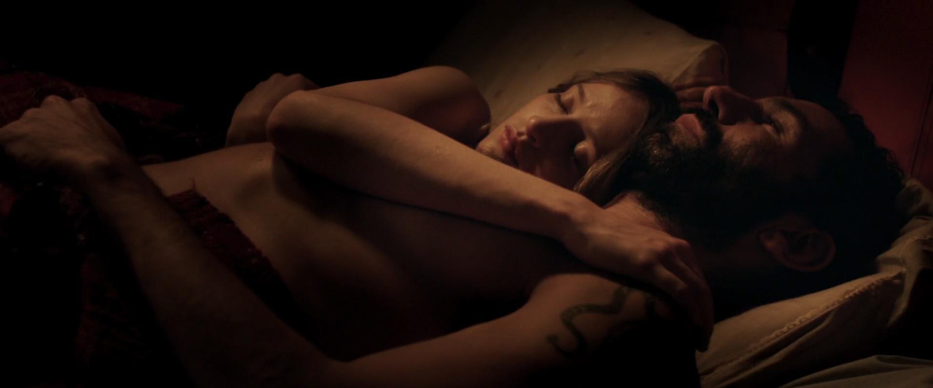 Christa Théret nude topless - La Fille Du Patron (FR-2015) HD 1080p WEB-dl (1)