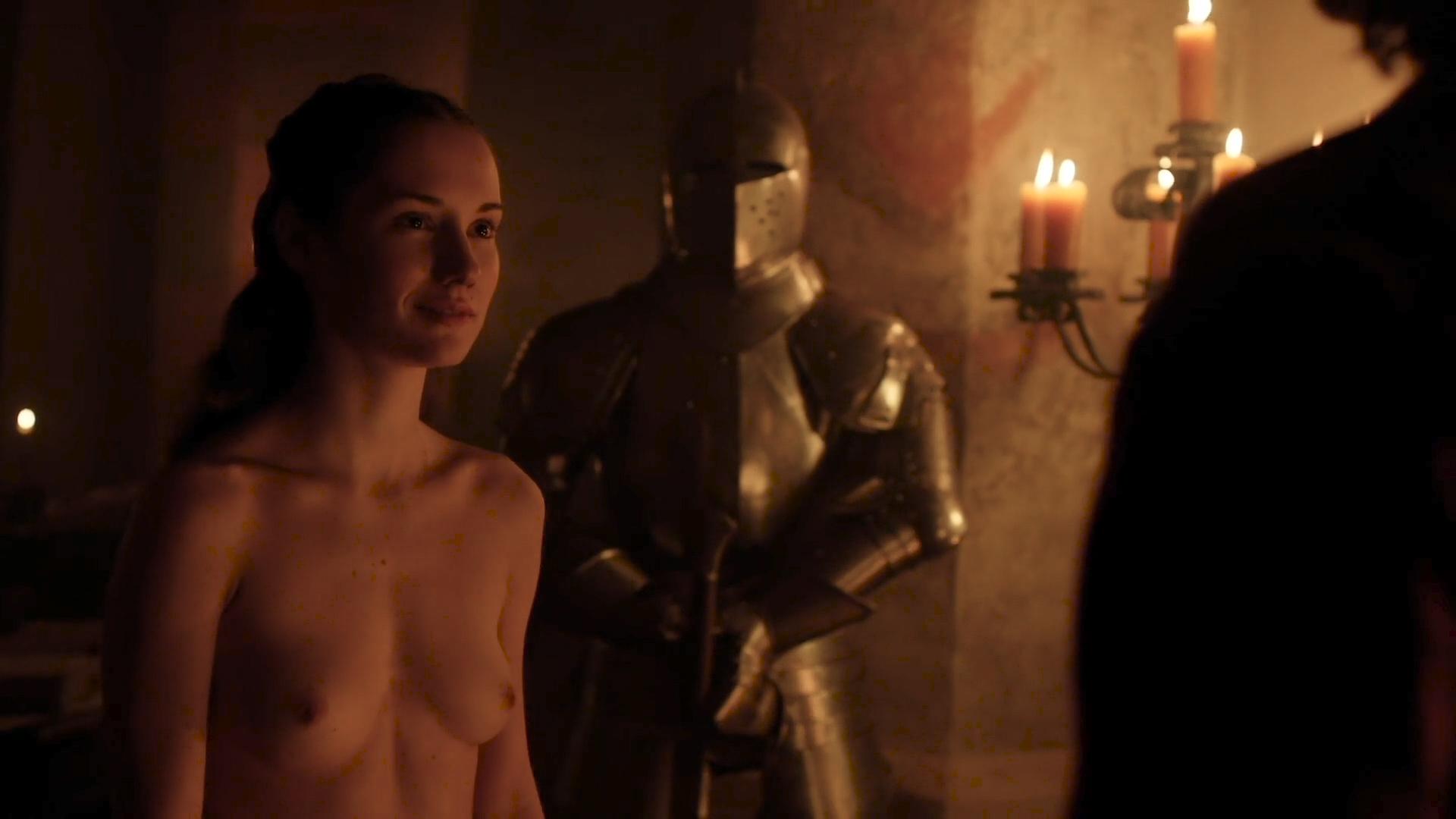 Eliska Krenková nude topless and butt- Borgia (2013) S02E02 HD 1080p (3)
