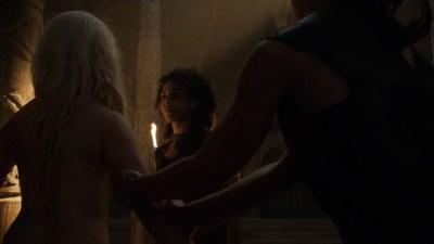 Emilia Clarke nude barley side boob – Game of Thrones (2016) s603 HDTV 1080p (2)