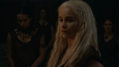 Emilia Clarke nude barley side boob – Game of Thrones (2016) s603 HDTV 1080p (6)