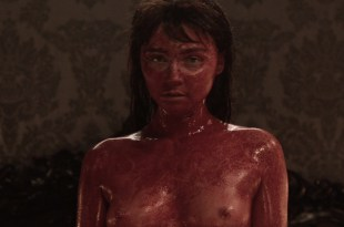 Jessica Barden nude topless Billie Piper nude but covered all bloody  – Penny Dreadful (2016) S03E03 HDTV 720-1080p