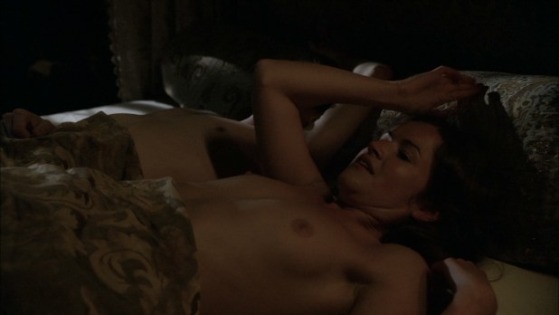 Joanne King nude butt boobs and sex – The Tudors (2010) s4e2-3 HD1080p (2)