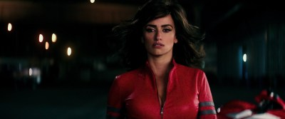 Penélope Cruz hot busty cleavage and Naomi Campbell hot - Zoolander 2 (2016) HD 1080p Web-Dl (9)