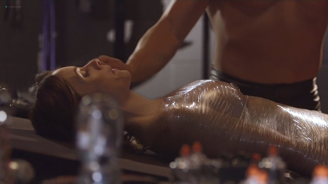 Ashlynn Yennie nude bush Skin Diamond, Victoria Levine and others nude too - Submission (2016) s1e5 HDTV 720p (6)