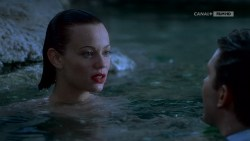 Joanna Going nude topless and butt and Samantha Mathis hot and wet - How to Make an American Quilt (1995) HDTV 720p (5)