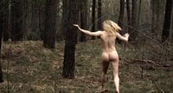 Julia Hummer nude bush Sarah Grether and Anna Eger nude full frontal - Top Girl (DE-2014) (6)