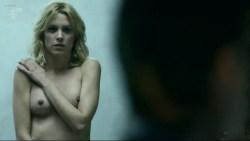 Maggie Civantos nude butt boobs and Berta Vázquez nude lesbian sex - Locked Up (ES-2015) s1 (16)