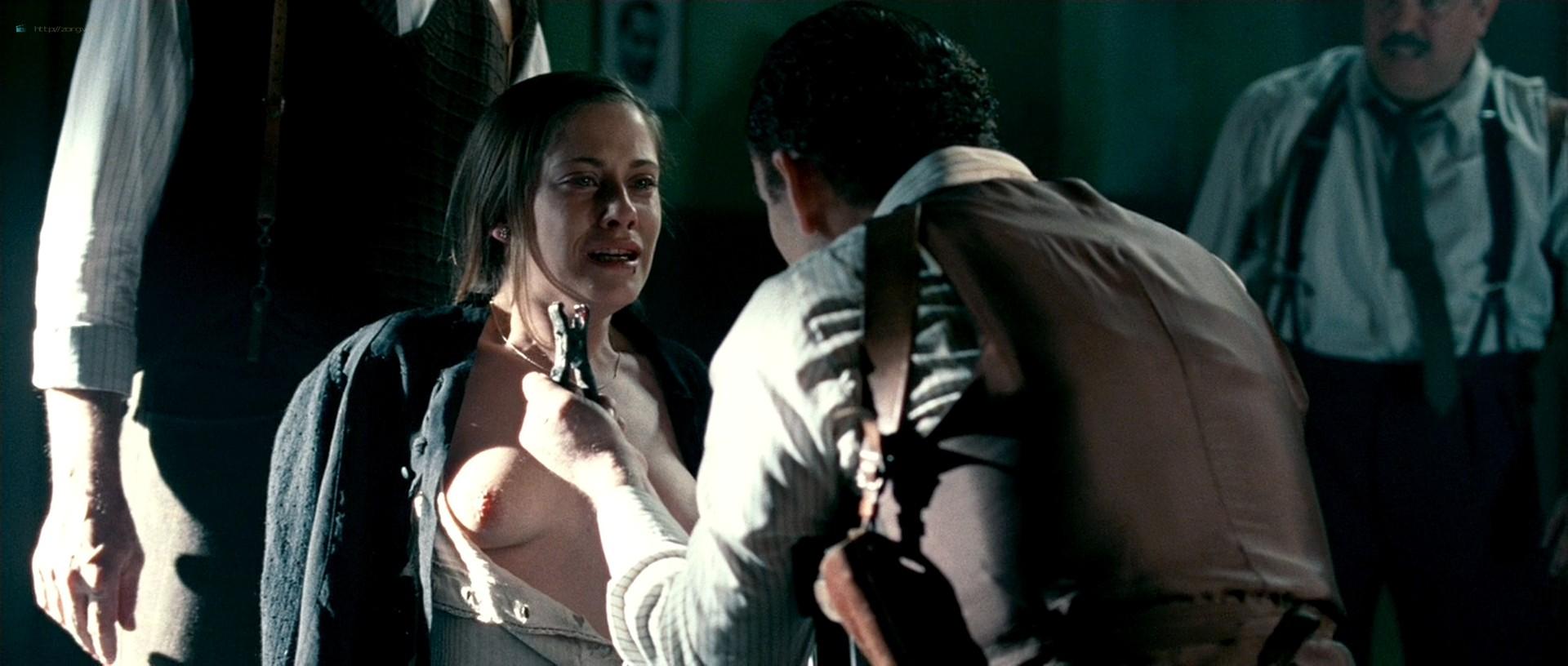 Maria Leon nude in - La voz dormida (2011) HD 1080p BluRay (8)
