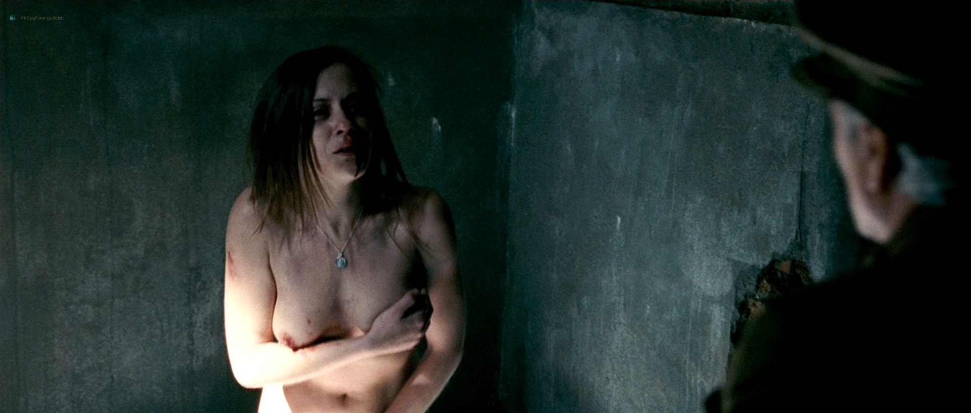 Maria Leon nude in - La voz dormida (2011) HD 1080p BluRay (4)