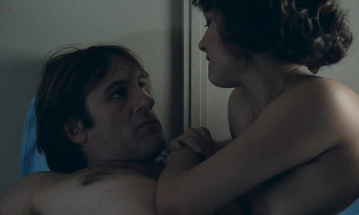 Sophie Marceau nude boobs and Sandrine Bonnaire nude bush full frontal - Police (FR-1985) HD 720p (10)