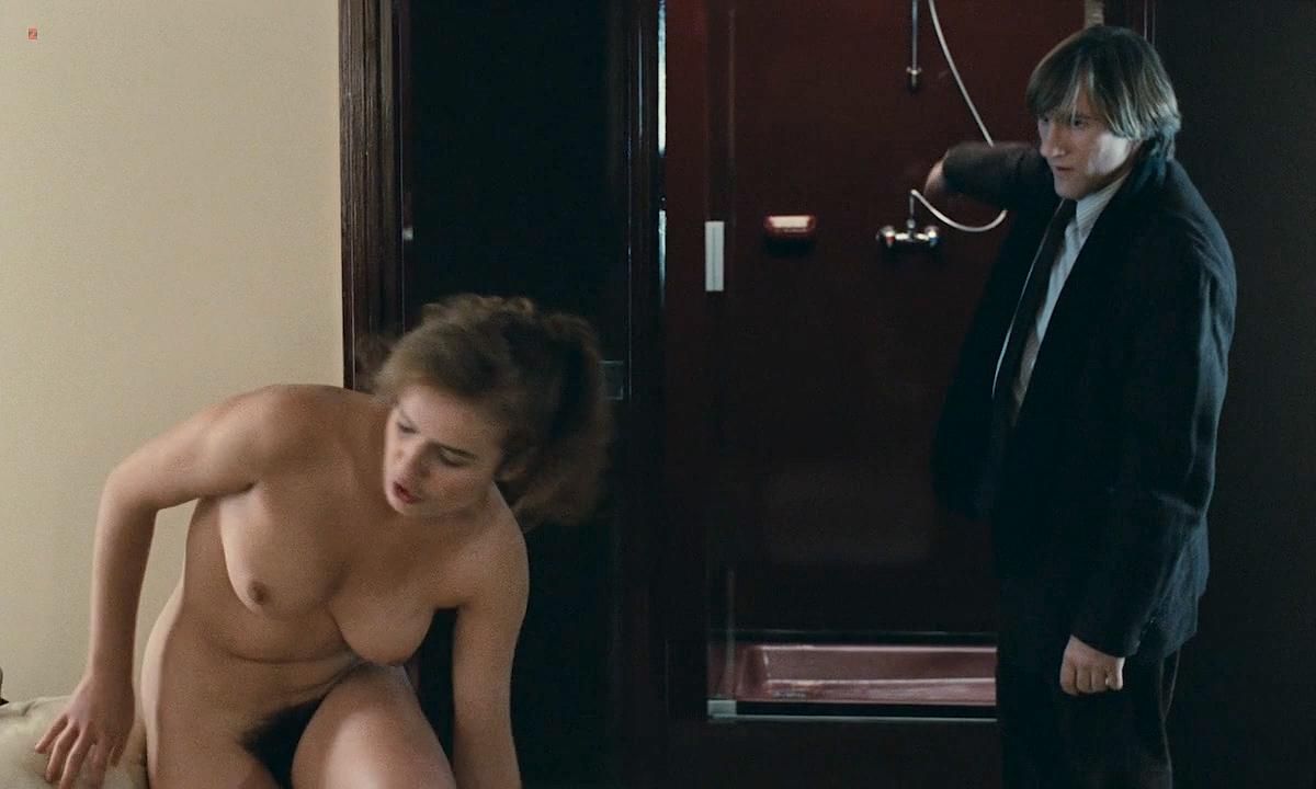 Sophie Marceau nude boobs and Sandrine Bonnaire nude bush full frontal - Police (FR-1985) HD 720p (5)