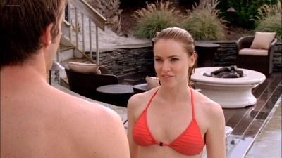 Amanda Schull hot and sexy in bikini - One tree hill (2009) s7e8 HD 720p (9)