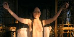 Olivia Cheng nude topless Esther Low nude boobs Karishma Ahluwalia nude butt – Marco Polo (2016) s2e5 HD 1080p (5)