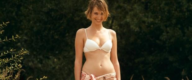 Pauline Lefevre nude topless and hot sex - Voir la mer (FR-2011) HD 1080p BluRay (5)
