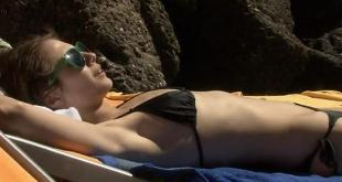 Willa Holland hot and sexy - A Summer in Genoa (2008) (2)