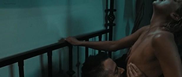 Estella Warren nude covered and hot sex - Assassoination (2016) (2)