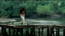 Irina Cardoso nude topless other's nude too - Les Aventuriers des mers du Sud (FR-2006) HDTV (7)