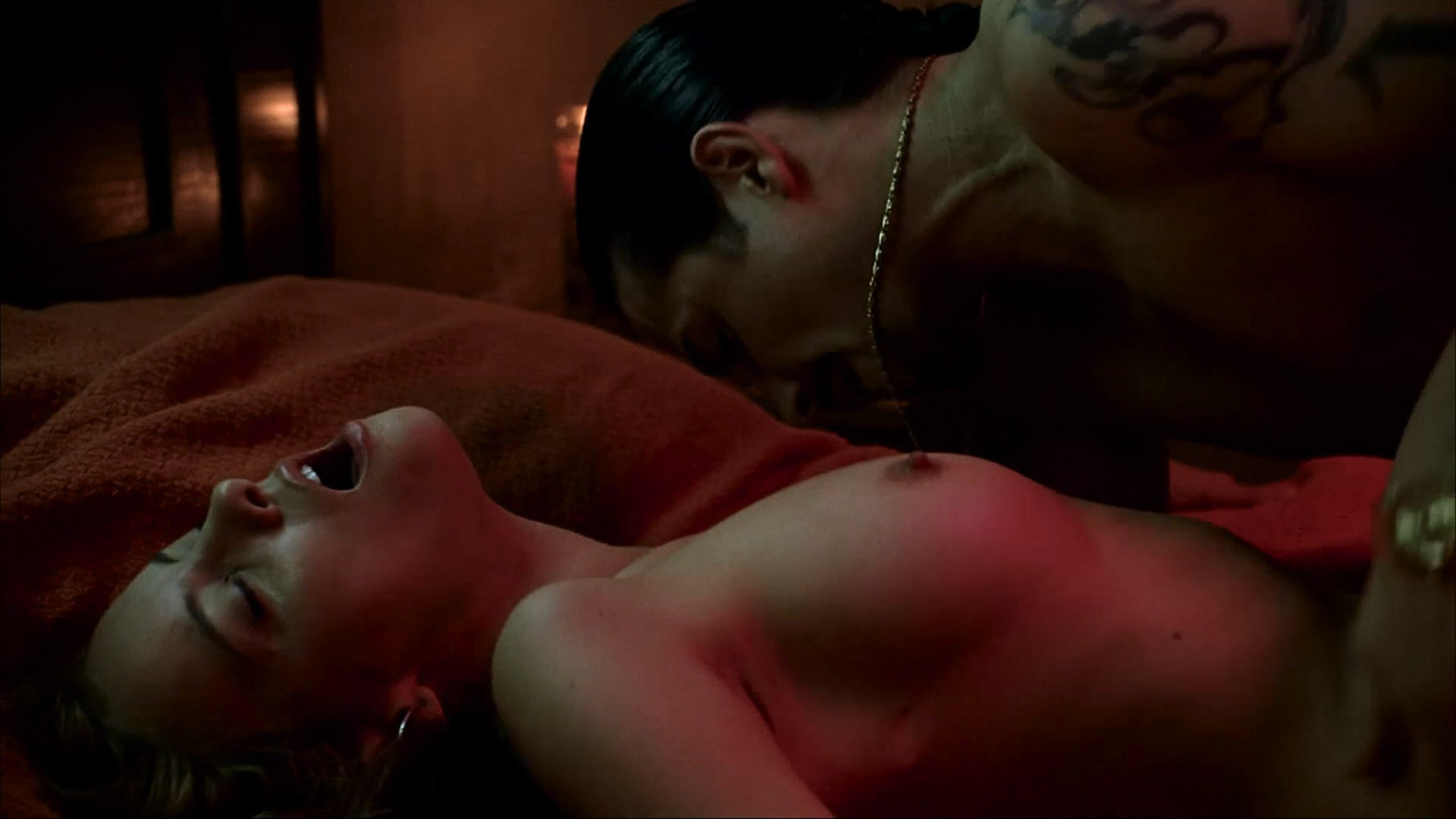 Anne Hathaway nude sex and Bijou Phillips nude threesome - Havoc (2005) HD 1080p WEB-DL (2)