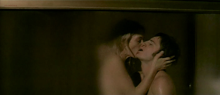 Carolina Crescentini nude butt, boobs and sex Serena Autieri nude - Notte Prima degli Esami Oggi (IT-2007) (19)
