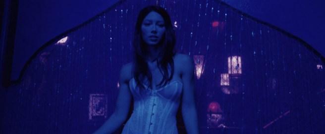 Jessica Biel nude topless ultra hot - Powder Blue (2009) HD 1080p BluRay (8)