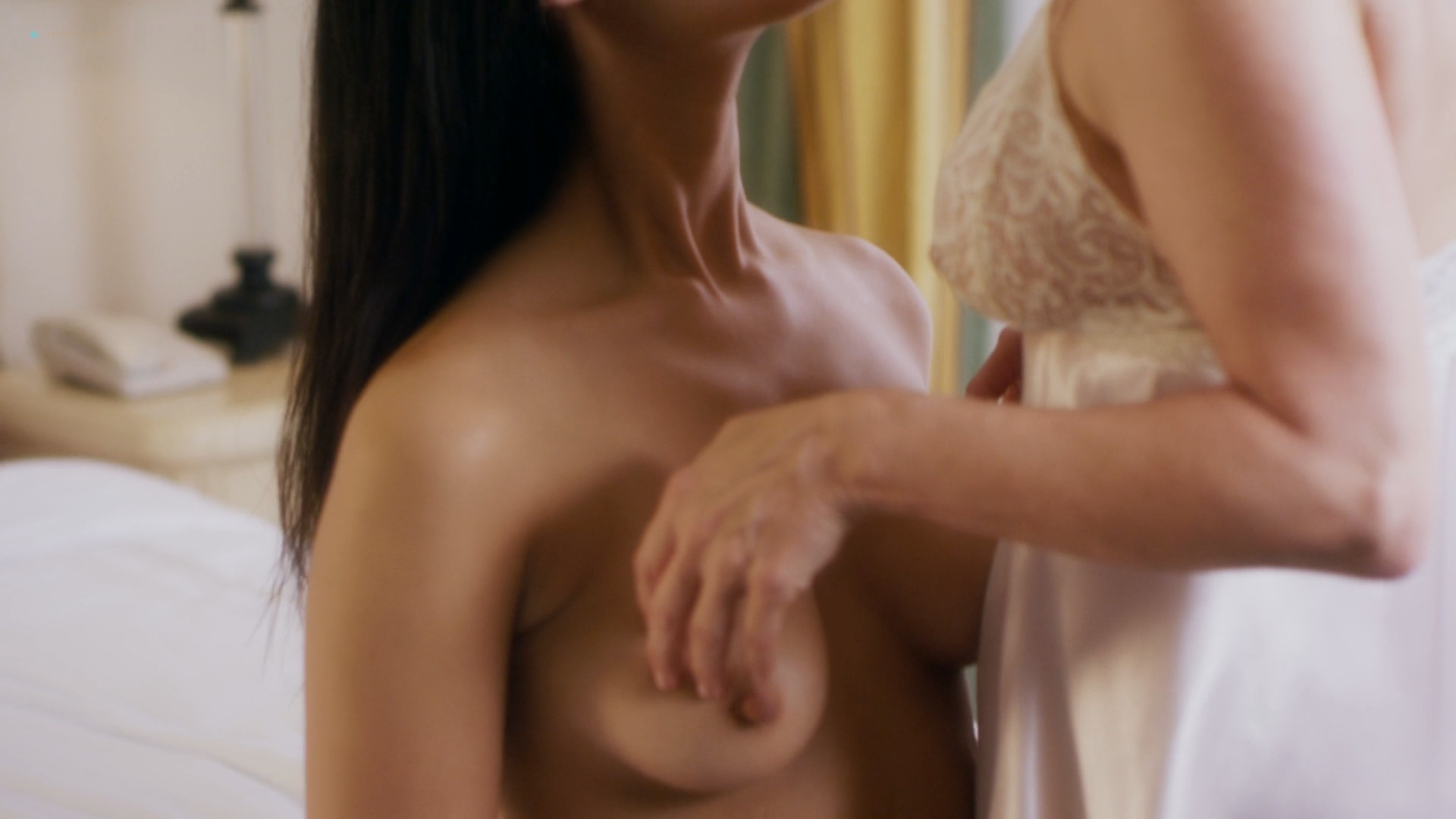 Jessica Clark nude lesbian sex with Barbara Niven nude boobs and butt - A Perfect Ending (2012) HD 1080p (7)