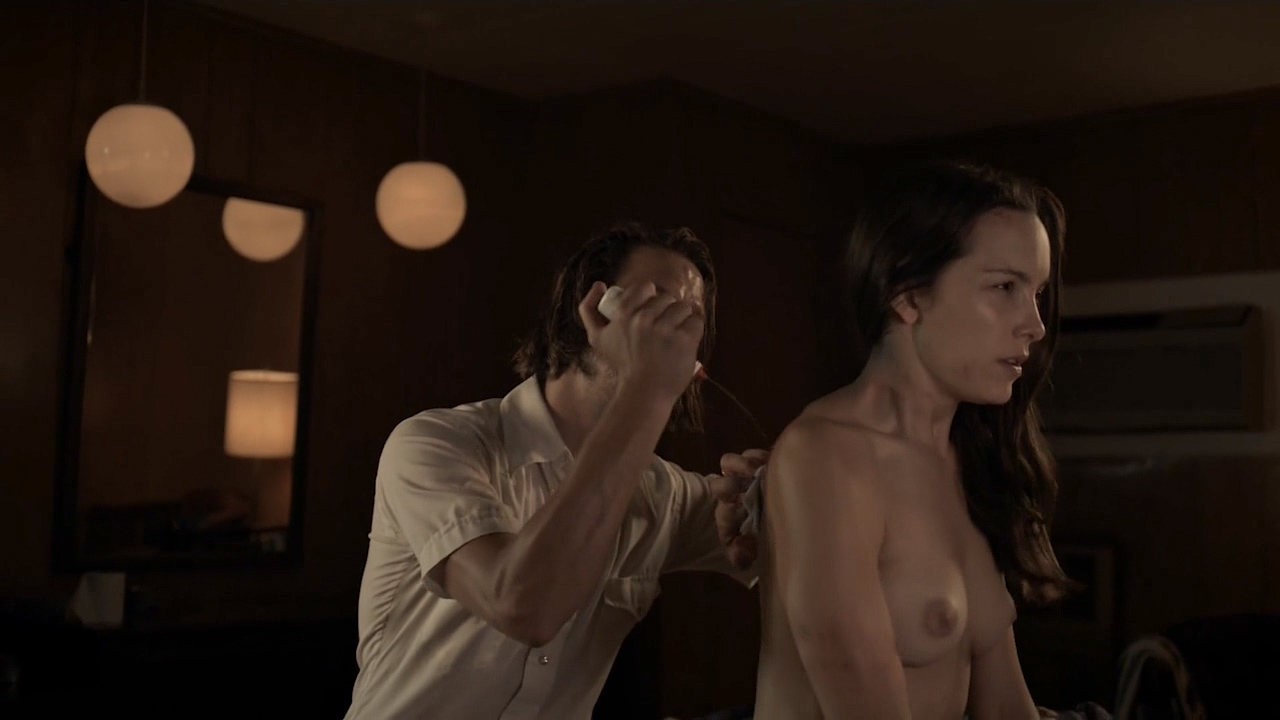 Jodi Balfour nude topless and hot - Quarry (2016) s1e4 HD 720p (4)