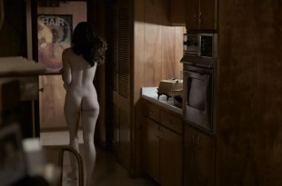 Kale Ronayne nude topless and butt and Jodi Balfour sex doggy style – Quarry (2016) s01e06 HD 720p