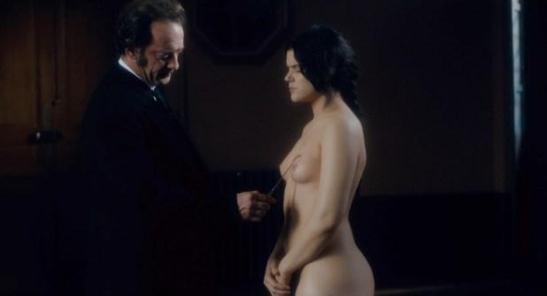 Soko (Stéphanie Sokolinski) nude in - Augustine (FR-2012) hd720-1080p (4)
