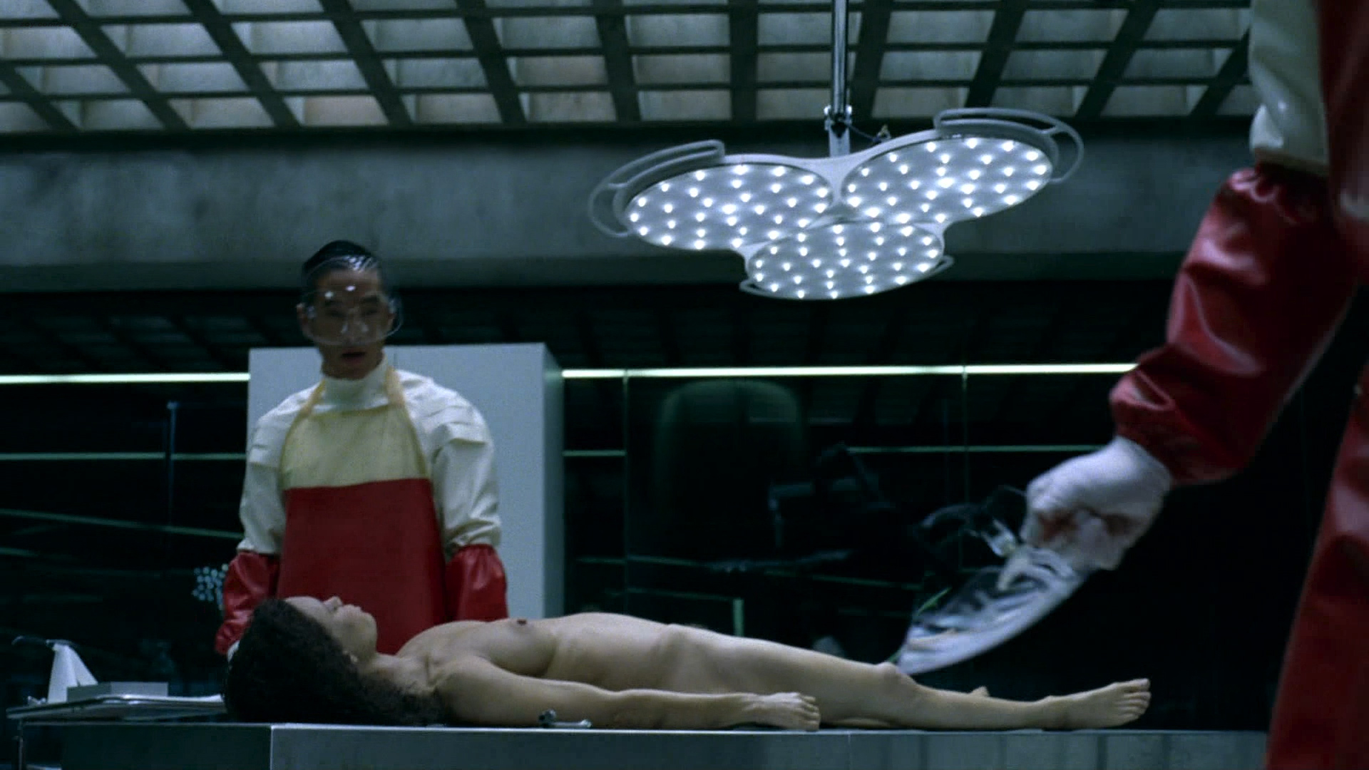 Thandie Newton nude topless Evan Rachel Wood nude nipple and butt other's nude - Westworld (2016) s1e5 HD 1080p (11)