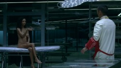 Thandie Newton nude topless Evan Rachel Wood nude nipple and butt other's nude - Westworld (2016) s1e5 HD 1080p (7)