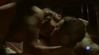 Esmeralda Moya nude topless and sex - Victor Ros (ES 2016) s2e1 HDTV 720p (1)