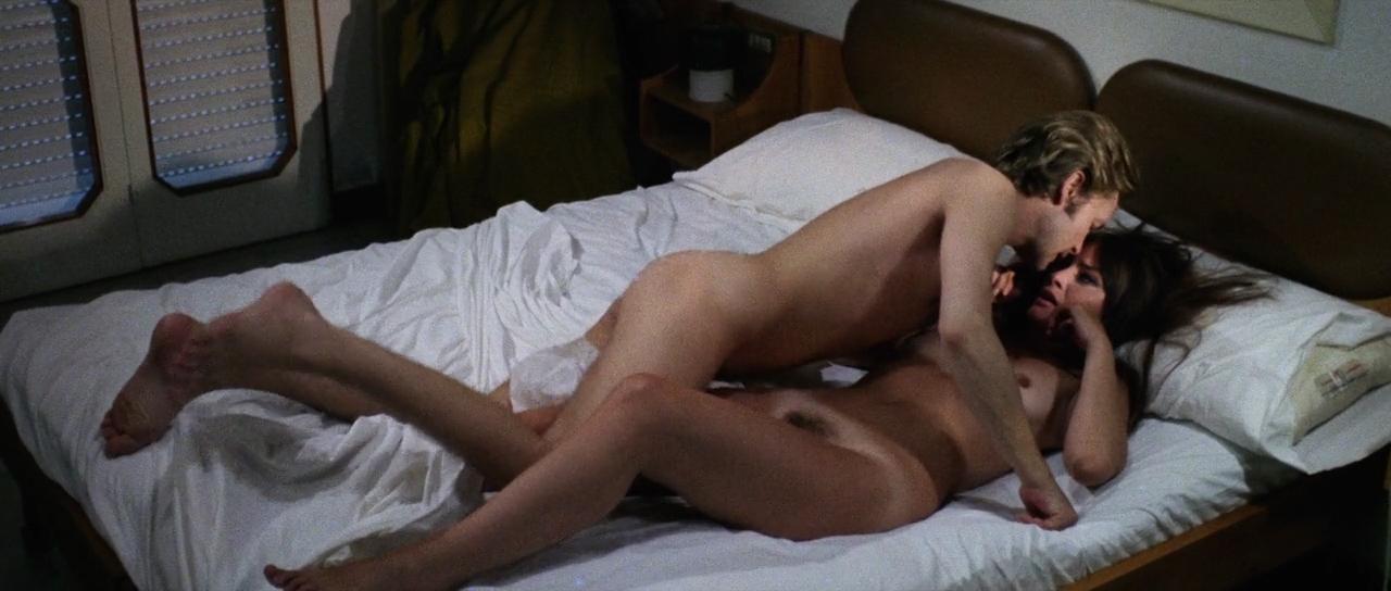 Marisa Mell nude bush and sex and Marina Giordana nude topless - La belva col mitra (IT-1977) HD 720p (5)