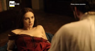 Annabel Scholey nude sex and Valentina Belle nude too – Medici Masters of Florence (2016) s1e6-8 HD 1080p (8)