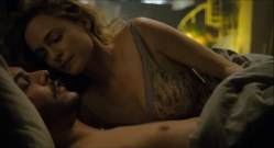 Heather Graham nude lesbian sex Jaime Winstone, Meredith Ostrom nude – Boogie Woogie (2009) HD 1080p (16)