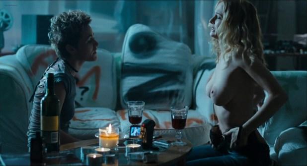 Heather Graham nude lesbian sex Jaime Winstone, Meredith Ostrom nude – Boogie Woogie (2009) HD 1080p (15)