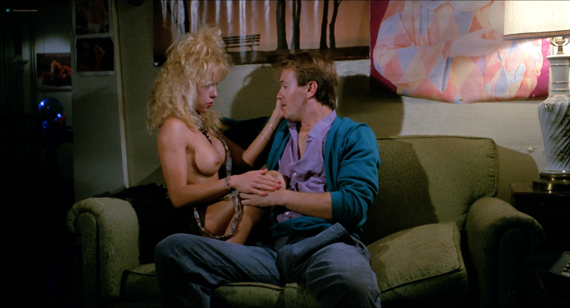 Michelle Bauer nude bush, Linnea Quigley and Brinke Stevens nude and wet - Nightmare Sisters (1988) HD1080p (14)