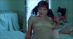 Ruby Larocca nude full frontal Barbara Joyce nude others nude too - Flesh for the Beast (2003) HD 1080p (7)