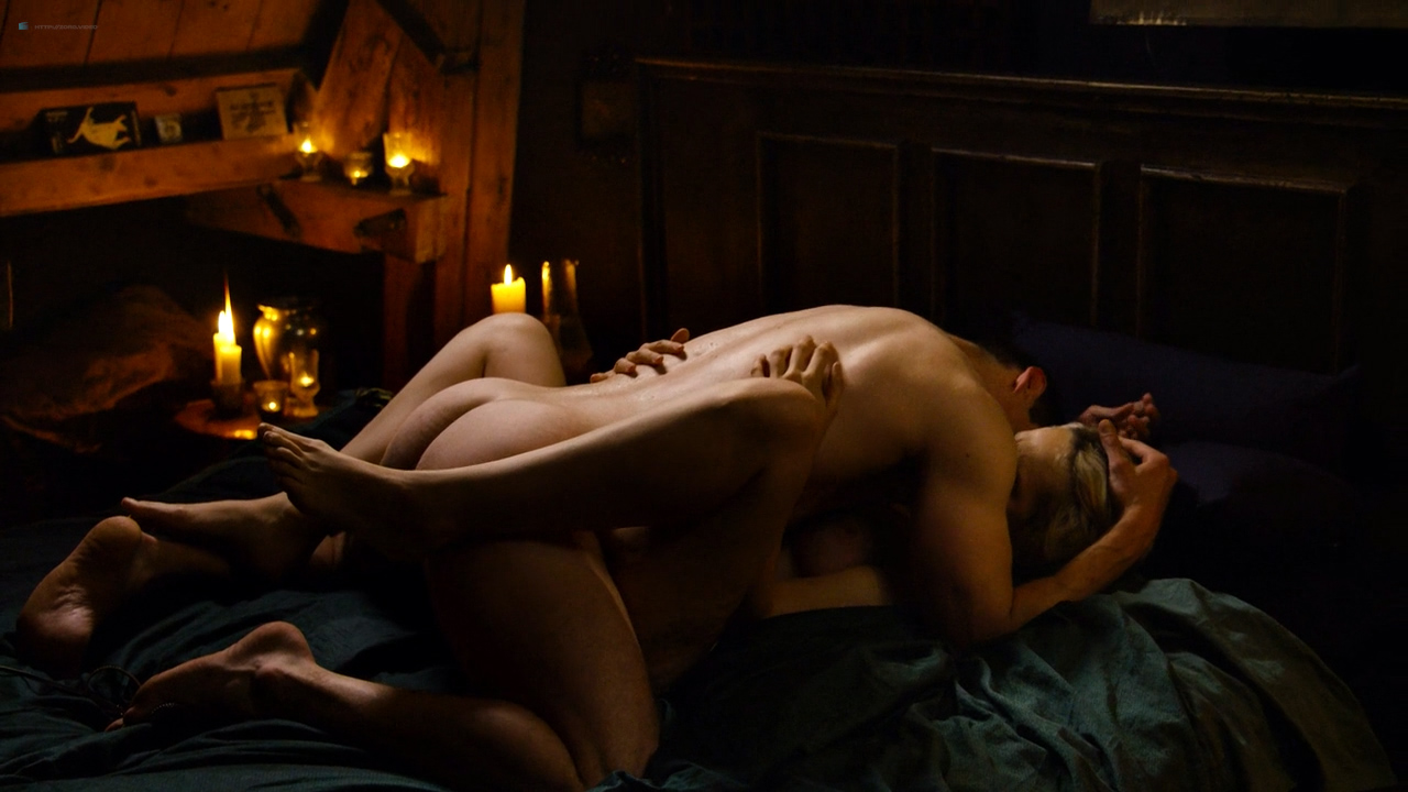 Tuppence Middleton nude sex Freema Agyeman, Doona Bae all nude group sex too - Sense8 (2016) Christmas Special HD 720p (10)