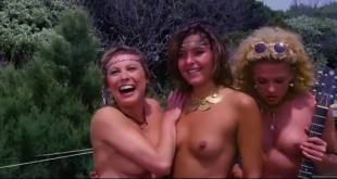 Adriana Russo and Janet Agren hot and sexy other's nude - Ricchi, ricchissimi, praticamente in mutande (IT-1982) (2)