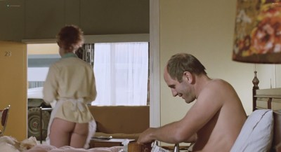 Alison Routledge nude butt and boobs – The Quiet Earth (1985) HD 1080p (2)