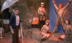 Fanny Bastien nude topless and butt - Pinot Simple Flic (FR-1984) (4)