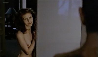 Fanny Bastien nude topless and cute Marisa Berenson and Agnes Garreau nude topless- La tete dans le sac (FR-1983) VHS (9)